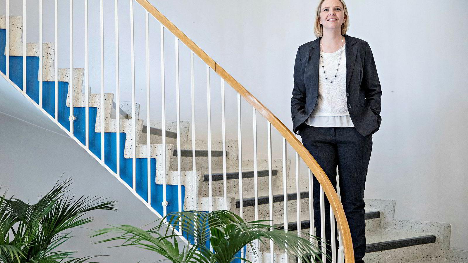 Frps nestleder Sylvi Listhaug er oppglødd av å lese Aps tidligere næringsminister Odd Eriksen nedsabling av oljepolitikken under Jonas Gahr Støre.