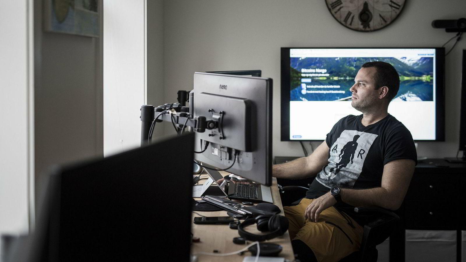 Ole-Andre Torjussen er eier av Bitcoins Norge as. Her er fotografert på kontoret i Stavanger sentrum.