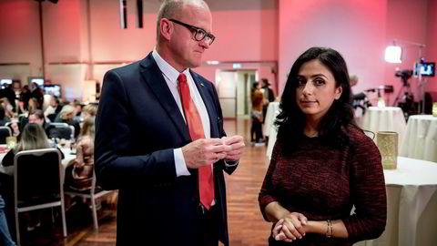 Leder Frode Jacobsen i Oslo Arbeiderparti vil ikke la SV heve eiendomsskatten i Oslo. Her sammen med parti-nestleder Hadia Tajik.