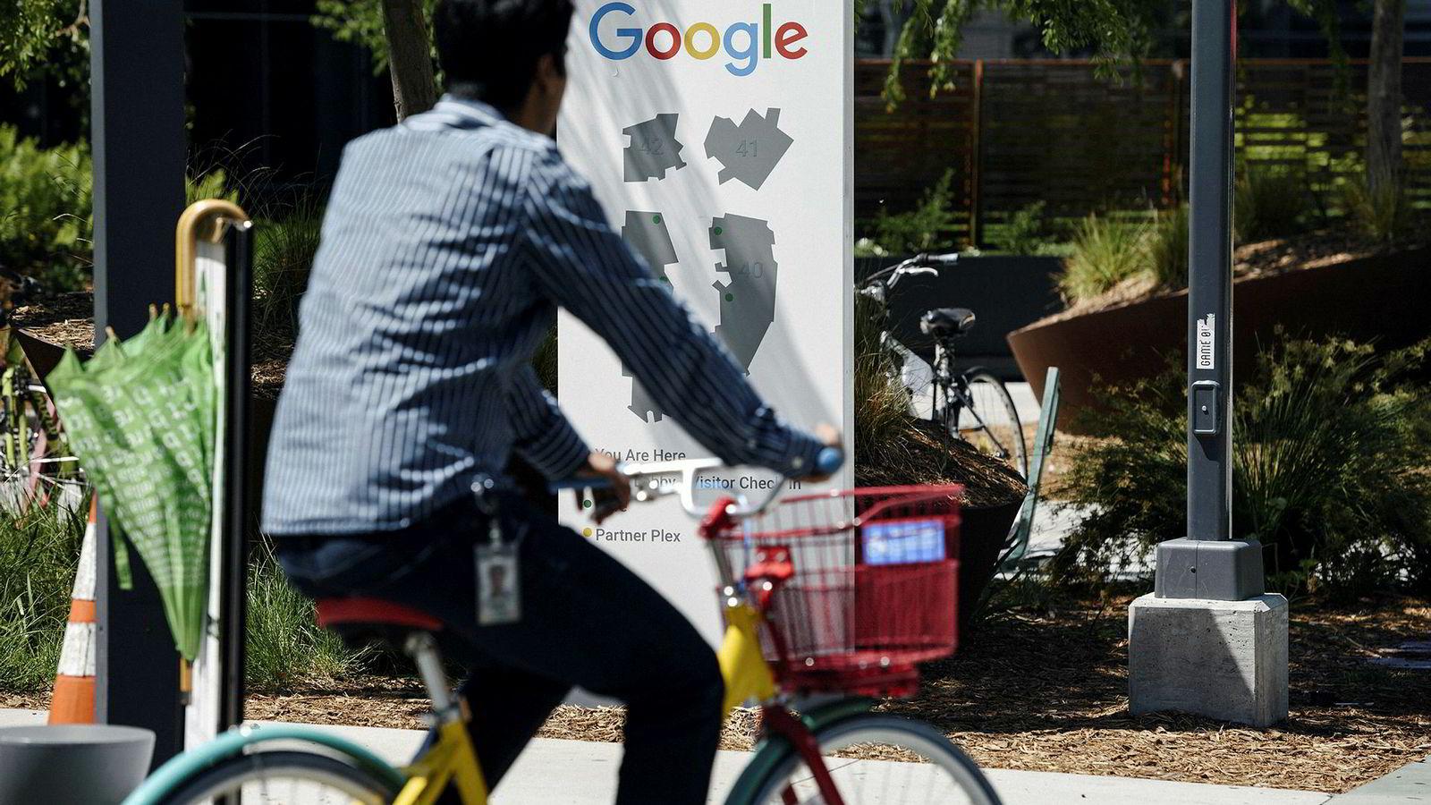 Denne uken avsa EU-domstolen to dommer som gir Google litt handlingsrom som søkemotor. Google har vært involvert i to ferske saker for EU-domstolen, som reiser prinsipielle spørsmål.