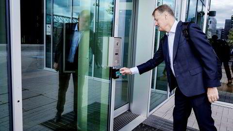 Konsernsjef Rune Bjerke og DNB ønsker å selge seg ut av Pionér Kapital. DNB Livsforsikring eier 7,8 prosent av finanshuset.