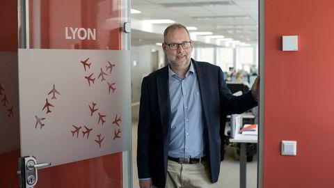 Administrerende direktør Mattias Andersson i reisebyråkonsernet HRG Nordic mener et EU-forslag om nye regler for bruk av kredittkort vil skape store problemer for forretningsreisende.