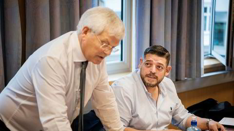 Straffesaken mot den tidligere presidenten i menneskerettighetsorganisasjonen Global Network for Rights and Development (GNRD), Loai Deeb startet i Stavanger tingrett mandag, her sammen med sin forsvarer Kjell Brygjeld.