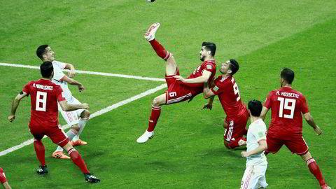 Som følge av USAs sanksjoner har Nike sett seg nødt til å la være å levere utstyr til Irans landslag i fotball. Her fra VM-oppgjøret mot Spania i Russland 20. juni, der Iran tapte 0–1.