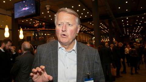 Konsernsjef i DNB, Rune Bjerke, forteller at DNB har nektet de ansatte å bruke flybonuspoeng privat. Det samme har en rekke andre selskaper gjort.