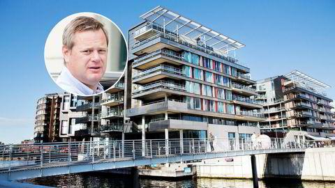 Krafttrader Einar Aas legger nå den 385 kvadratmeter store leiligheten på Tjuvholmen i Oslo ut for salg.