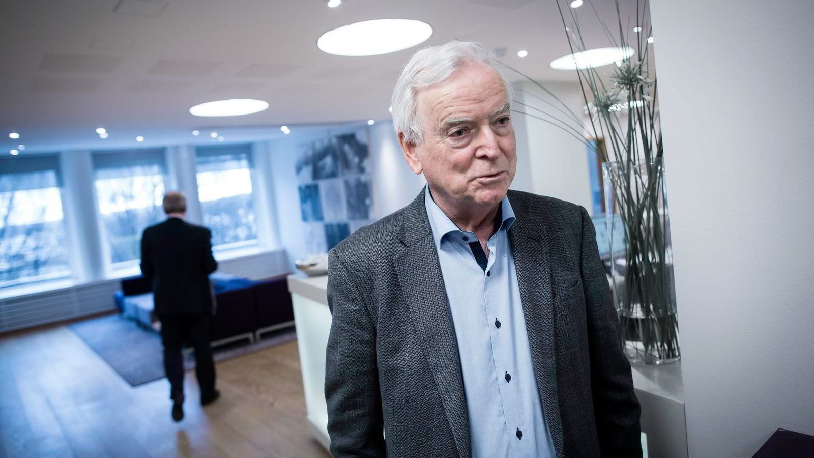 Sunnmøre-reder Per Sævik mener det er riktig å diskutere en børsnotering av Fjord1.