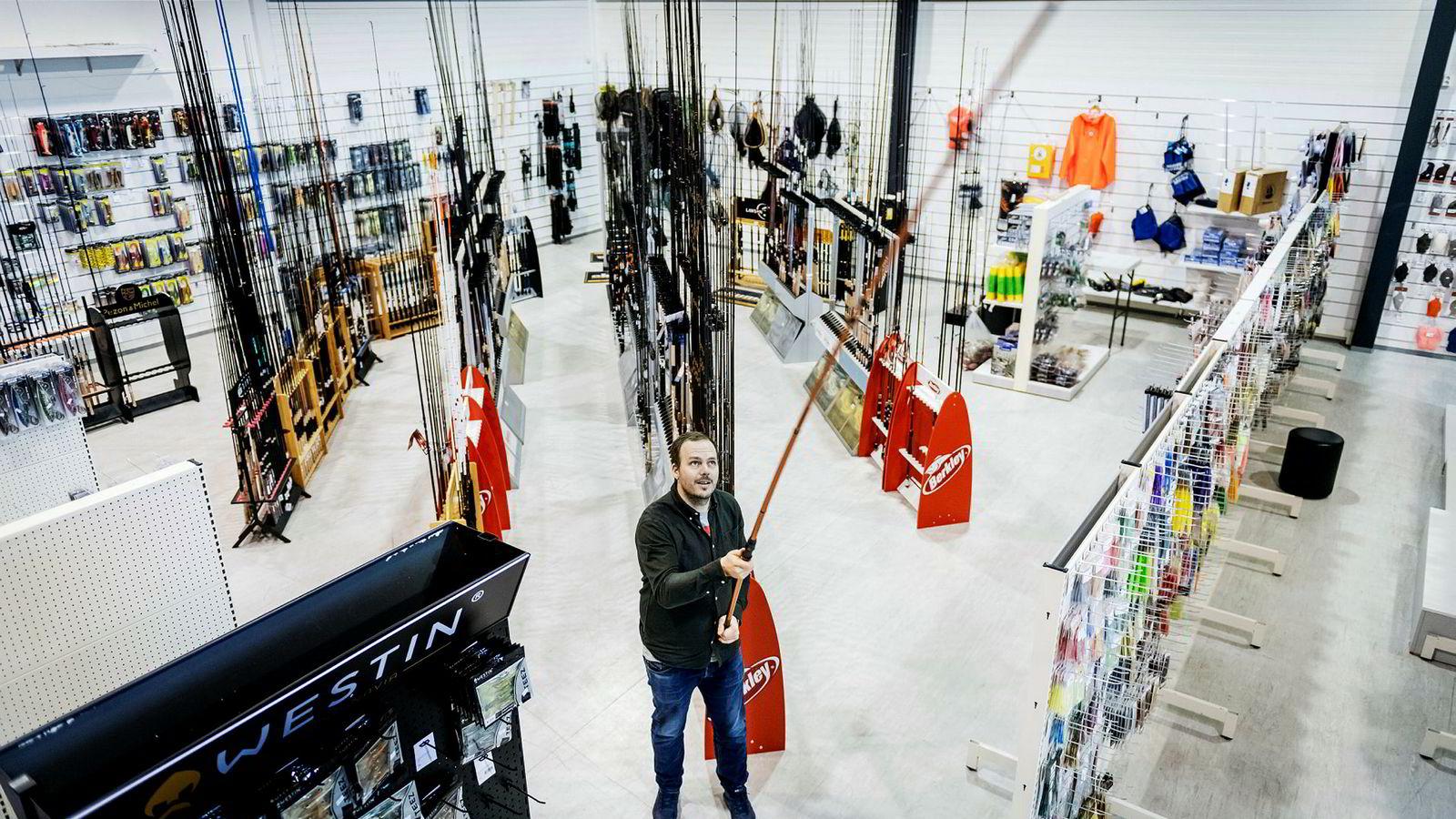 Anders Amundsen kan skilte med solid fangst etter at han og to medgründere utfordret det etablerte markedet innen salg av fiskeutstyr med nettbutikken Skitt Fiske.