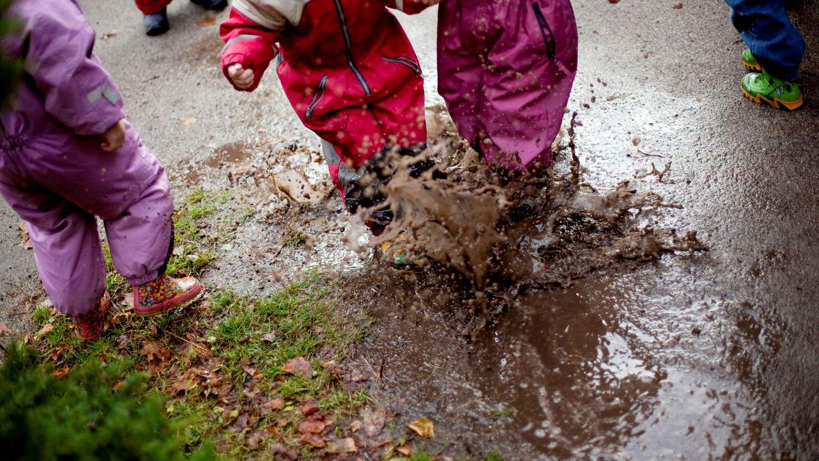 Det rødgrønne byrådet i Oslo skryter av at det bygger flere barnehager, noe som i noen områder fører til overetablering.