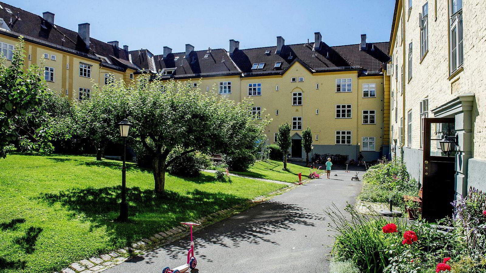 18 prosent av personer i starten av 20-årene bor i en eid bolig i Norge, ifølge SSB.