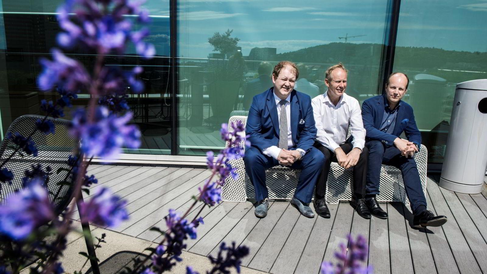 Erik Falk Hansen (t.v) Partner i OG-s, Robert Nash, partner og medeier i Horton og Erik Spade, gründer av Webcruiter. Foto: Klaudia Lech