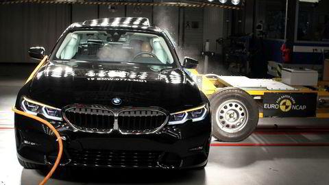 BMW 3-serien kom på norske veier i mars i år. Nå er den kollisjonstestet til strålende resultater.