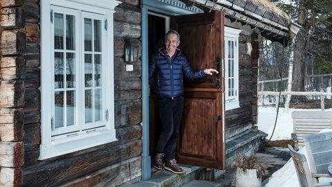 Hyttemegler Christian Haatuft melder om rekordomsetning på Geilo. Siden nyttår har han solgt hytter for 312 millioner