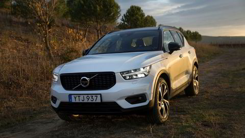 Volvo XC40 kommer som ladbar hybrid til høste. Her en bensindrevet modell under vår test i Barcelona like før jul.