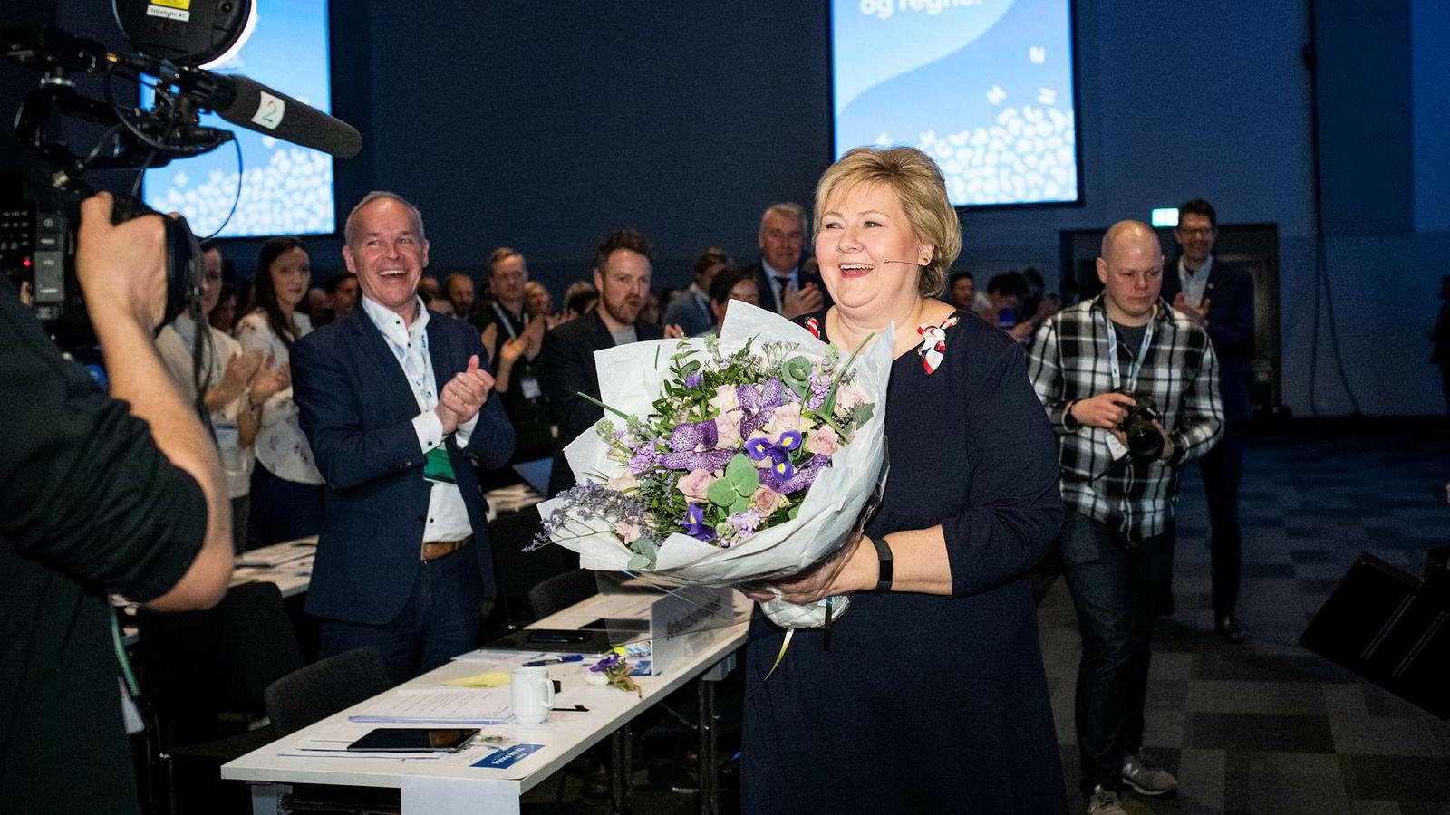 Høyre skal behandle nytt prinsipprogram i helgen. Her er partiets viktigst prinsipp med blomster etter at hun holdt sin landsmøtetale.