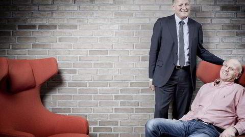 Tips for fremtiden. DNB-konsernsjef Rune Bjerke var bare 12 år da han fikk sitt livs beste råd av gymlæreren Knut Myhrer (sittende).                    Tre toppledere forteller om forholdet til mentorer.