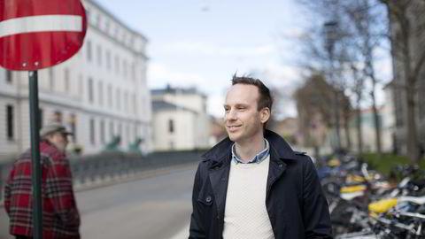 Fredrik Bertin Fjeld i Fanbooster fikk dusør av Google for å avdekke et sikkerhetshull. Han har valgt å gi pengene til Lær Kidsa Koding, noe som betyr at Google dobler dusøren. Foto: