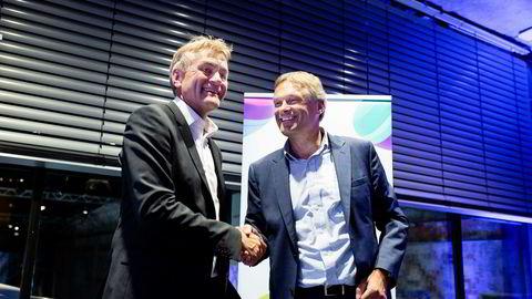 Telia Norge-topp Abraham Foss (t.h.) feirer oppkjøpet av Get, der Gunnar Evensen er sjef, i sommer.
