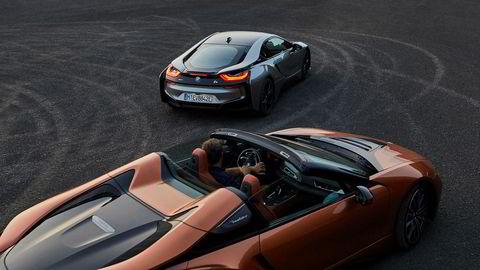 BMW ikke bare oppdaterer i8 med større batteri, men kommer også med i8 Roadster.