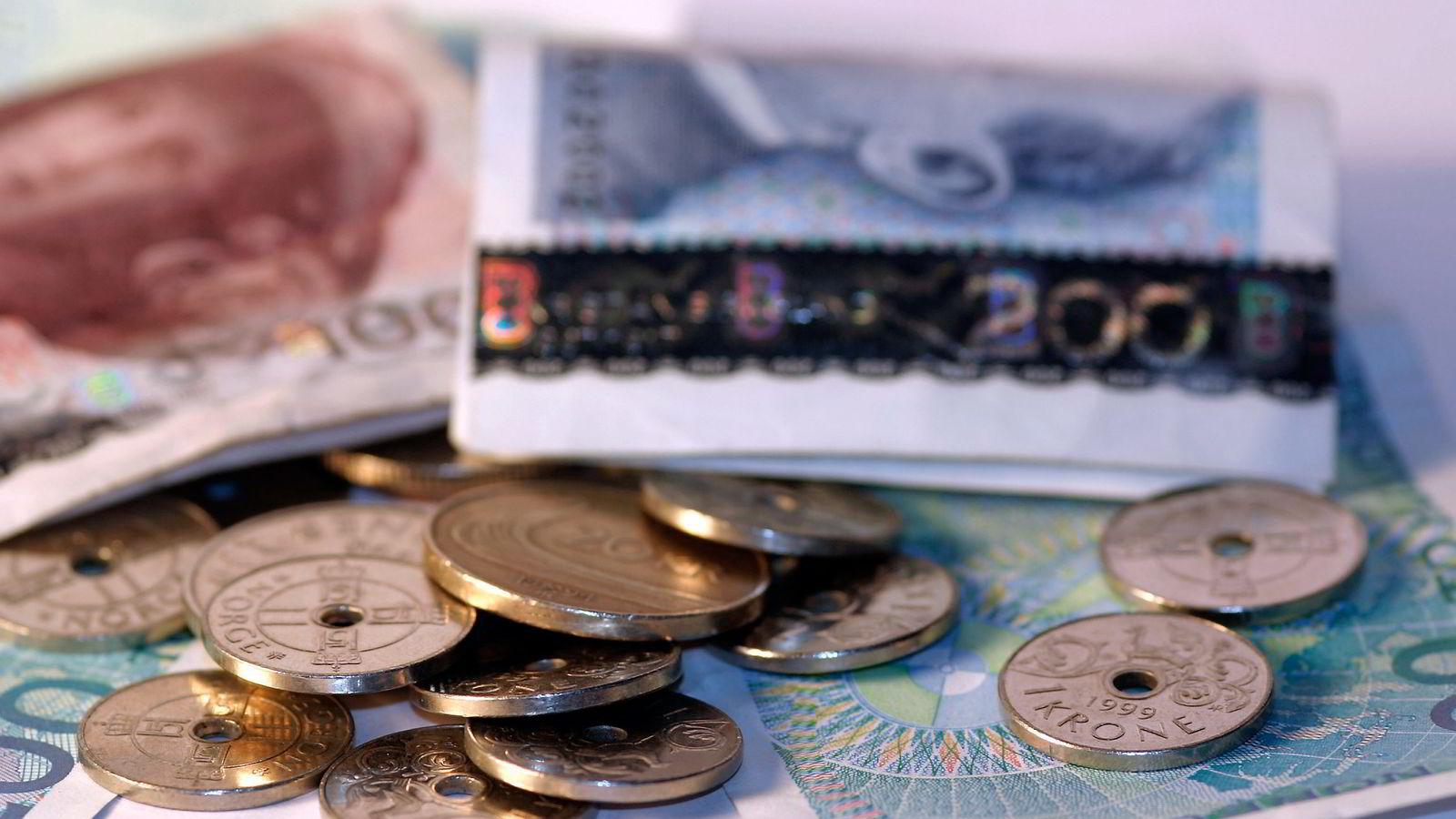 Nordmenn skylder omtrent 10 milliarder kroner til staten.