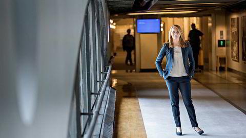 Centerparti-leder Annie Lööf – her i Riksdagen i Stockholm – opplever samme suksess på meningsmålingene som Senterpartiet i Norge. Men suksessoppskriften er ikke helt lik.