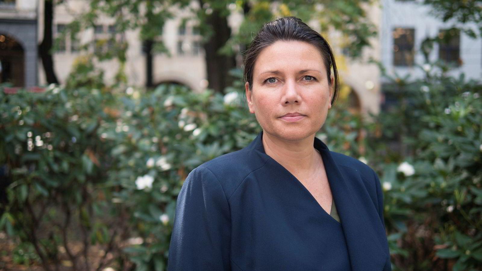 Heidi Nordby Lunde, stortingsrepresentant og leder for Oslo Høyre mener yrkesaktive menn bør gi hjemmeværende ektefeller lønn. Foto: Petter Berntsen,