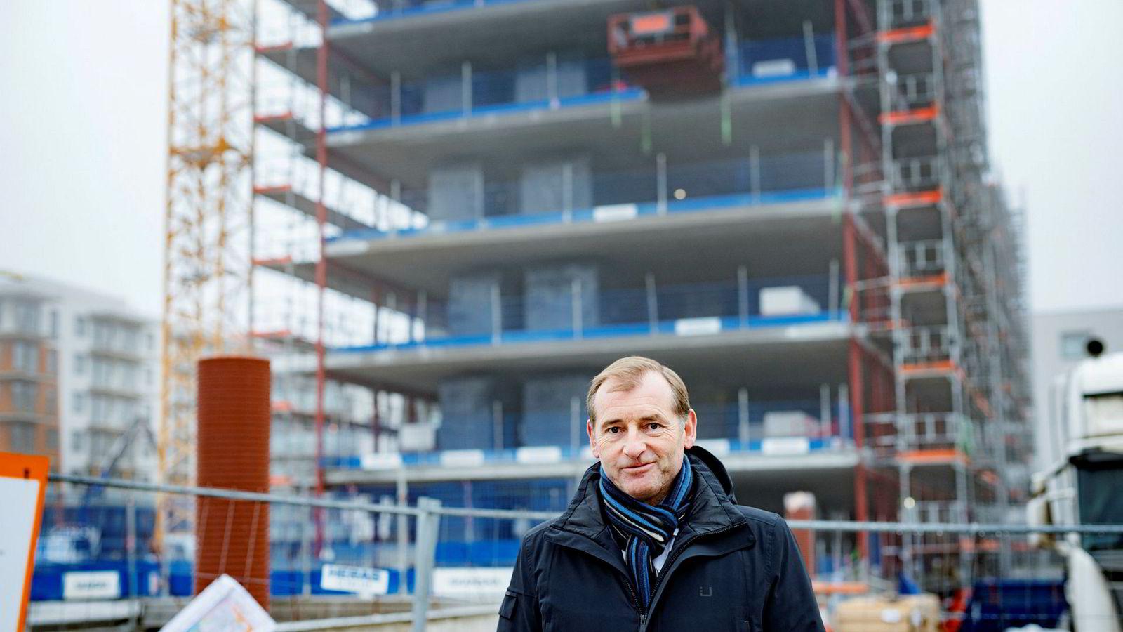Administrerende direktør Carl O. Geving i Norges Eiendomsmeglerforbund mener det ligger an til «ubehagelig høy prisvekst» i boligmarkedet i Oslo også i år.