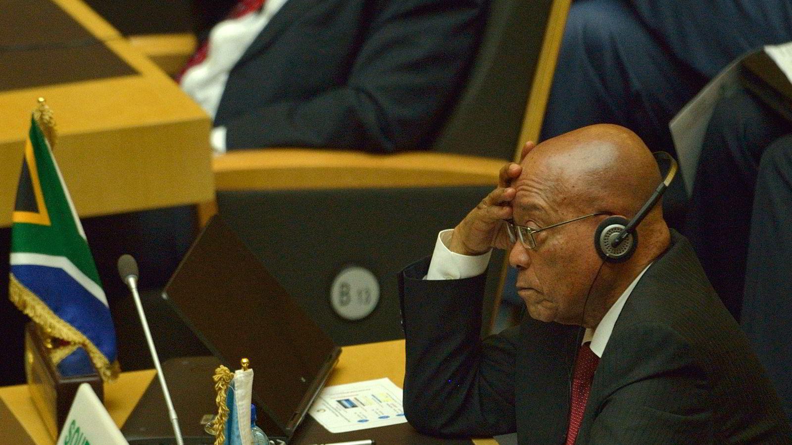 Avbildet er Sør-Afrikas president Jacob Zuma under under en presidentsalming i den Afrikanske Union tidligere i år. Foto: AFP/TONY KARUMBA/NTB Scanpix