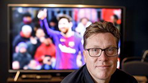 – Det er klart det er krevende å se på at aksjekursen har fått så mye juling uten at det er noe med selskapet som skulle tilsi en slik reaksjon, sier TV-gründer Tom Roger Sokki.