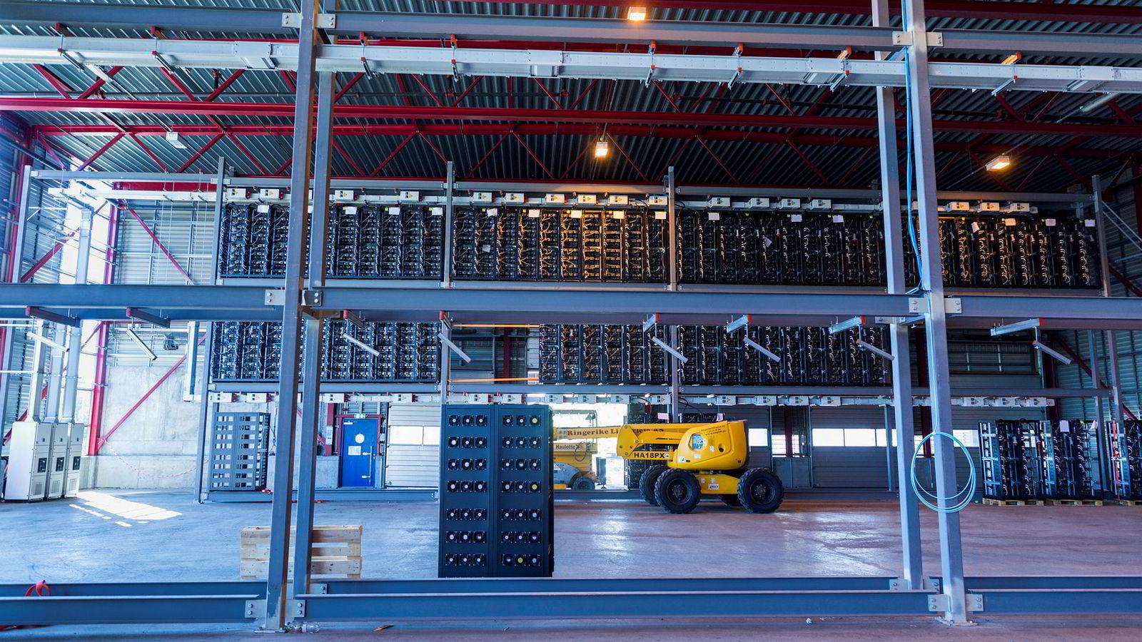 Bildet viser datasenteranlegget til det norske selskapet Kryptovault, som fikk nærmest alle sine inntekter fra en japansk kunde. Selskapet har hverken bekreftet eller avkreftet at den japanske kunden er GMO-Z.COM Norway.