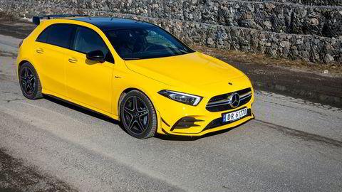 Mercedes-Benz AMG A 35 er fargerik på utsiden og fargerik å kjøre.