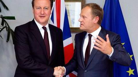 EU-president Donald Tusk (th) og statsminister David Cameron. Foto: Julien Warnand/AP/NTB Scanpix