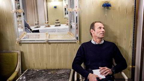 Fredensborg-eier Ivar Tollefsen kontrollerer Heimstaden med 36.500 leiligheter i Norge, Sverige, Danmark, Tyskland og Nederland, til en bokført verdi på 70 milliarder svenske kroner. Nå stormer det rundt Tollefsen som her er fotografert på et eiendomsseminar på Grand Hotell.