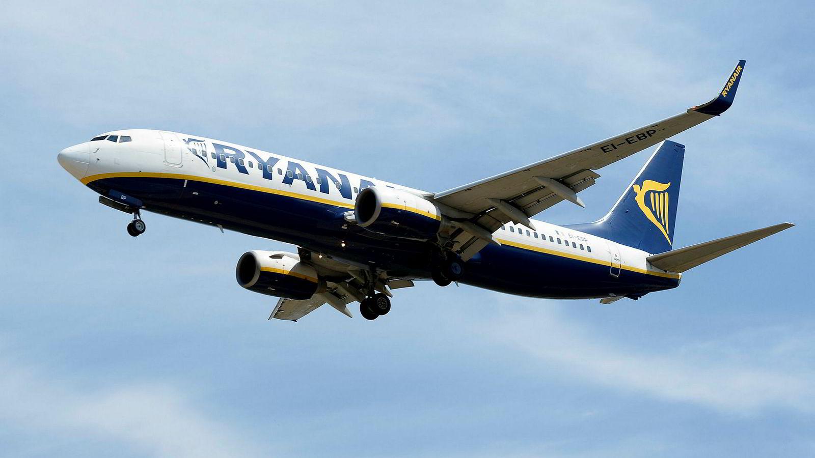 Ryanair må avlyse en rekke flyturer fremover, blant annet i Norge.