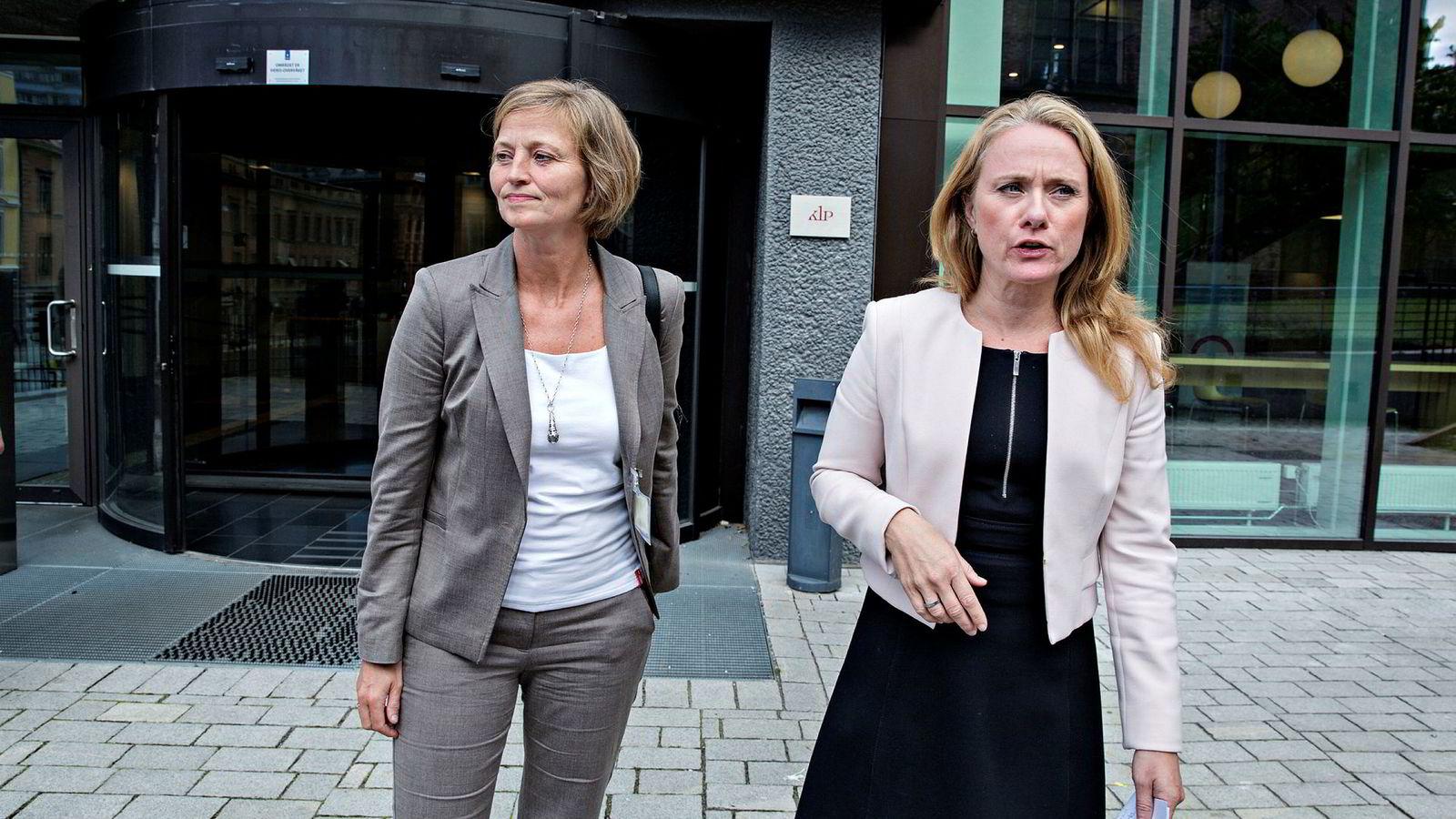 – Vi har brukt uvanlige virkemidler mot Goliat og Eni, sier direktør i Petroleumstilsynet, Anne Myhrvold (til venstre). Her med arbeids- og sosialminister Anniken Hauglie.