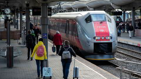 Folk vil sove på toget når det er natt, og da holder det ikke med 20 sovevogner totalt i hele Norge, mener Aktivist-halvtimen.