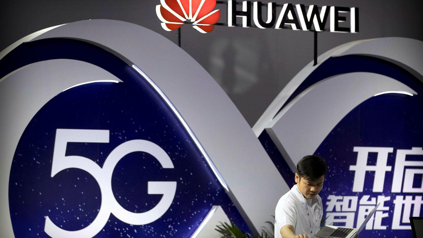 Huawei vokser tross internasjonal skepsis til mulige forbindelser til kinesiske myndigheter.