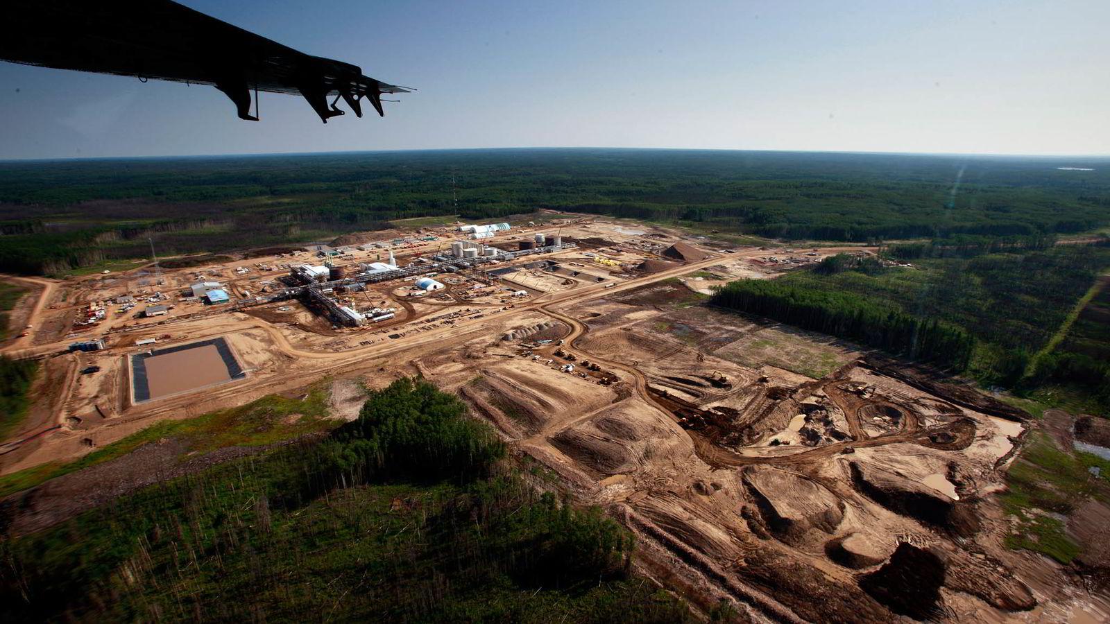 OMSTRIDT. Statoils oljesandprosjekt i Athabasca i Canada er et eksempel på en viktig debatt der staten som aksjonær avstår fra å ha en mening. Foto: Ørjan F. Ellingvåg