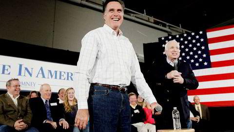 Daværende guvernør Mitt Romney fikk full støtte av senator John McCain da han stilte som presidentkandidat her i 2012. Nå kan Romney overta McCains rolle som republikansk korrektiv til president Donald Trump.