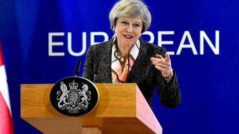 Statsminister Theresa Mays Storbritannia tilnærming til næringspolitikk virker mer lovende enn den amerikanske.