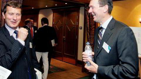 Kristen Jakobsen var sjef for Pareto Securities frem til 2006. Nå er hans tidligere investeringsselskap – for tiden eid av hans to døtre – med på å saksøke finanshuset. Her er Jakobsen sammen med Pareto-toppsjef Svein Støle på Paretos årlige olje- og offshorekonferanse på Holmenkollen Park i 2006.