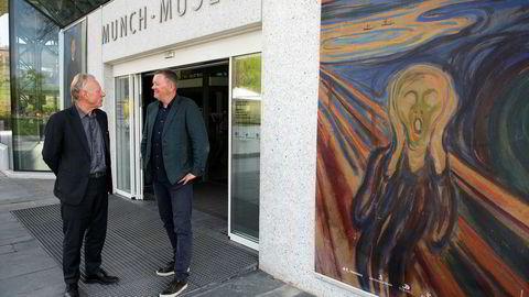 I juni skal Edvard Munch stilles ut i Saudi-Arabia for første gang på King Abdulaziz Center for World Culture, som er tegnet av Snøhetta. Museumsdirektør på Munchmuseet, Stein Olav Henrichsen (til venstre) og grunnlegger av Snøhetta Kjetil Thorsen diskuterer planer for utstillingen.
