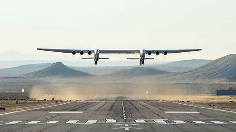 Verdens største fly er nå til salgs.