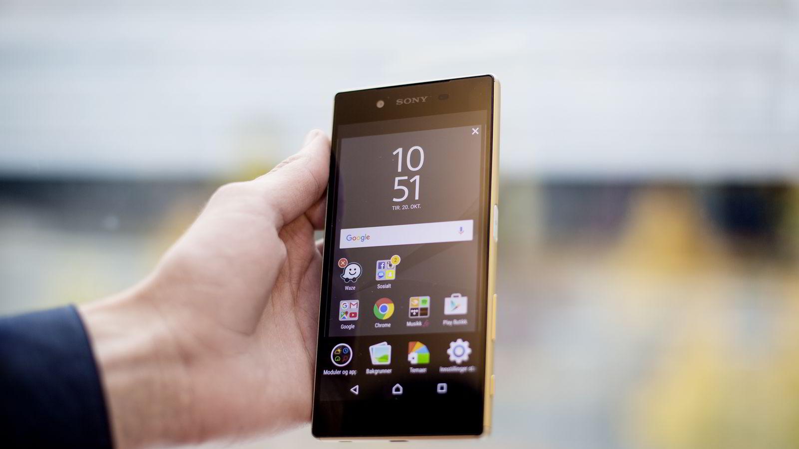 Sony Xperia Z5 er den beste smarttelefonen fra Sony på lenge. Foto: Ida von Hanno Bast