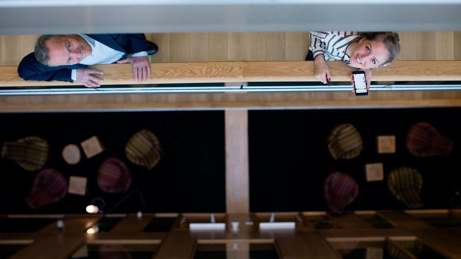 Da kommunikasjonsdirektør Øystein Thoresen (51) oppdaget at han ikke hadde tilstrekkelig kunnskap om sosiale medier ble Marie Brudevold (25) ansatt. Med erfaring fra egen blogg og som ivrig snapchat-bruker skal hun kapre de aller yngste forbrukerne. Foto: