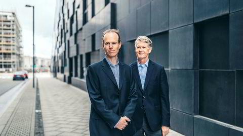 Mange selskaper har ikke levd opp til estimatene for fjerde kvartal, men aksjestrateg Paul Harper (til venstre) og analysesjef Morten Jensen i DNB Markets tror på børsoppgang i år.