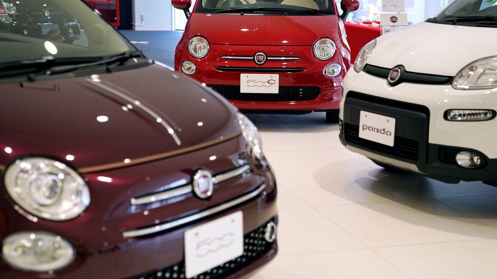 Fiat Chrysler og Renault vil sannsynligvis starte formelle fusjonsforhandlinger på mandag. Produsenten av lille og populære Fiat 500 og Panda sikter mot å bli verdens største bilallianse.