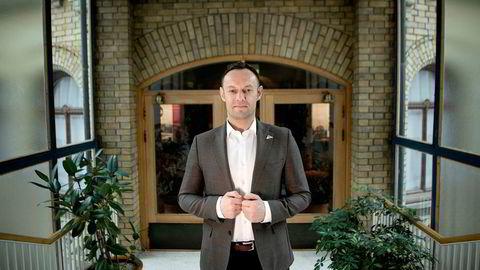 Torgeir Knag Fylkesnes - nestleder i SV - er helt uenig i regjeringens salg av aksjer i eiendomsselskapet Entra.