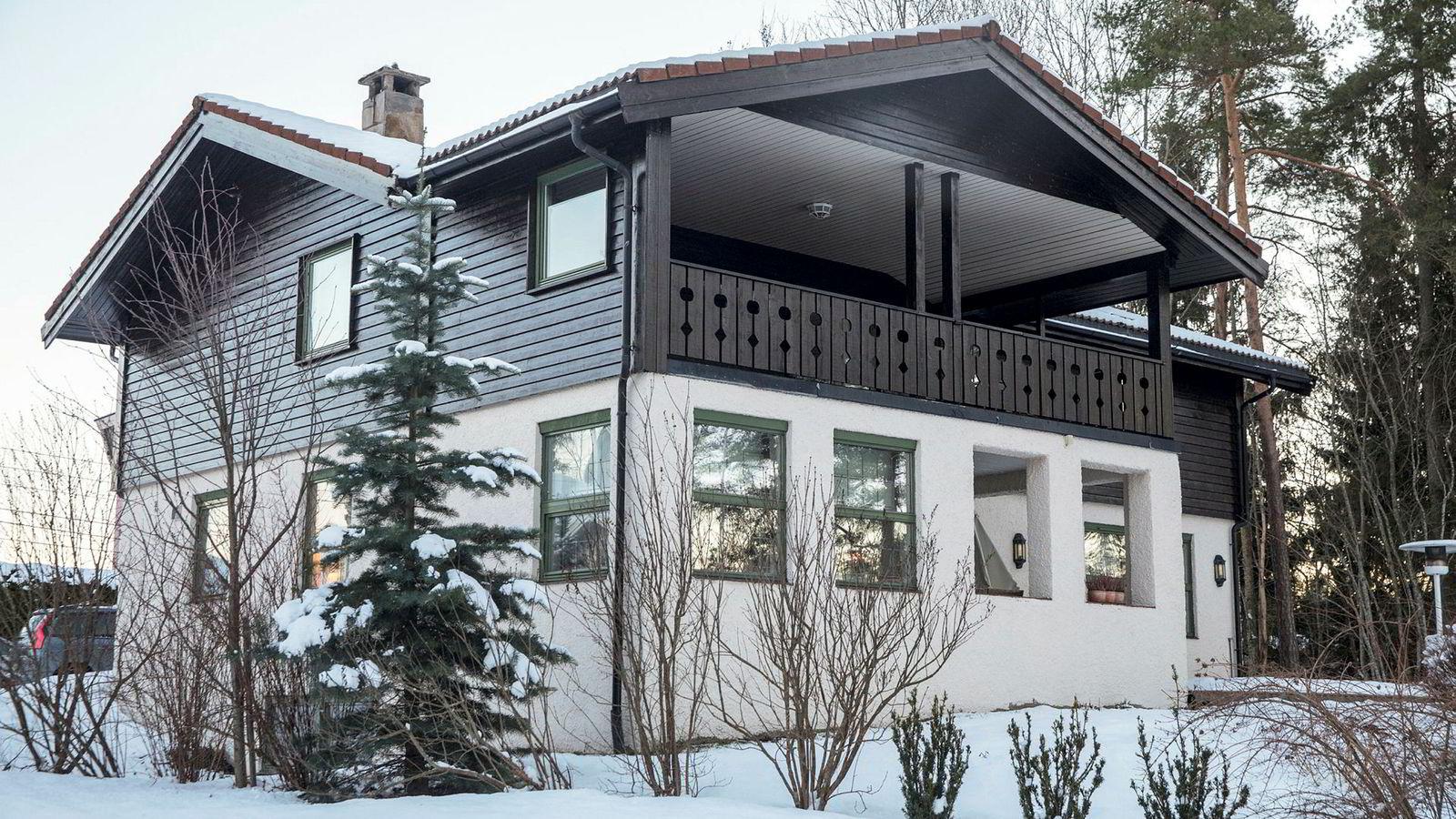 Anne-Elisabeth Falkevik Hagen, kona til Tom Hagen, en av Norges rikeste personer, har vært borte i ti uker.