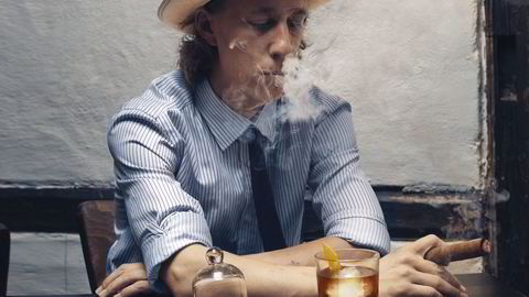Waldemar Jahnsen mener ingefærsmaken er en god erstatning for alkohol i drinker. Foto: Lars Petter Pettersen
